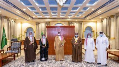 Photo of سمو أمير الجوف يستقبل رئيس وأعضاء جمعية سمح للخدمات الطبية بطبرجل