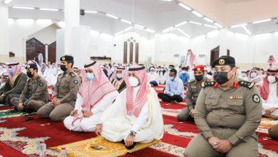 Photo of محافظ طبرجل يتقدم المصلين في صلاة عيد الفطر المبارك