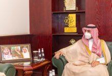 Photo of سمو الأمير فيصل بن نواف بن عبدالعزيز يستعرض مع رئيس جامعة الجوف خطة العام الجامعي الجديد