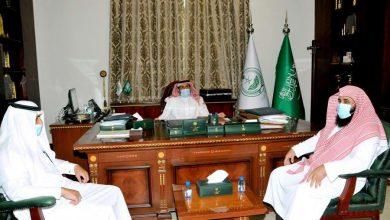 Photo of محافظ القريات يُستقبل رئيس واعضاء مجلس ادارة جمعية البر الجدد