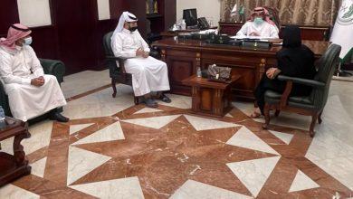 Photo of محافظ القريات يستقبل أعضاء مجلس إدارة جمعية سر الفن البصري