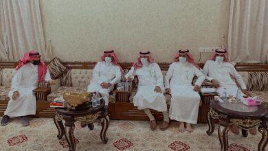 Photo of محافظ طبرجل يزور عبد الله قاسم النواق ويطمئن على صحته
