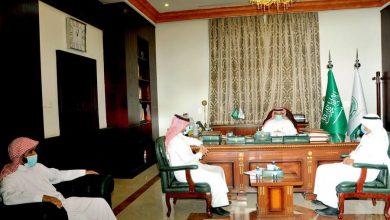 Photo of محافظ القريات يلتقي أعضاء جمعية عون لرعاية السجناء الجدد